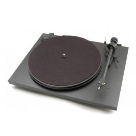 Pro-Ject Essential II + OM5E Black