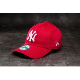 New Era 9Forty Adjustable Major League Baseball Basic New York Yankees Cap Scarlet/ White