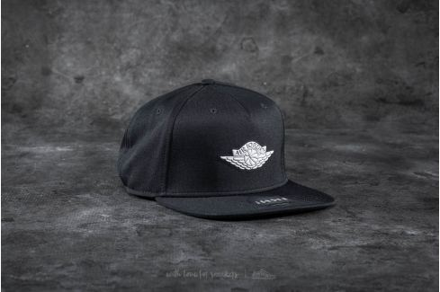 Jordan Wings Strapback Black/ White Strapback